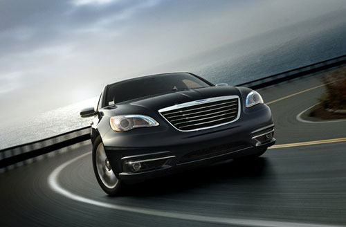 Chrysler-200_2011_1.jpg