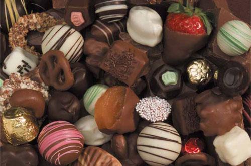 الشوكولاته السائلة الفواكه